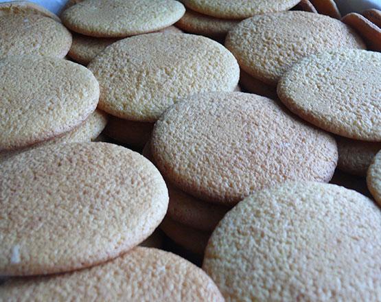 dulces-centenarios-Galletas-de-claras-de-Antealtares