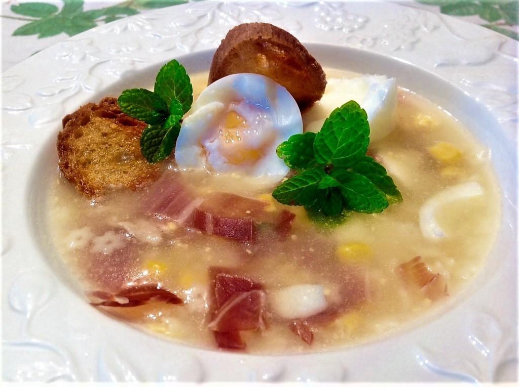 sopa de picadillo con maiz