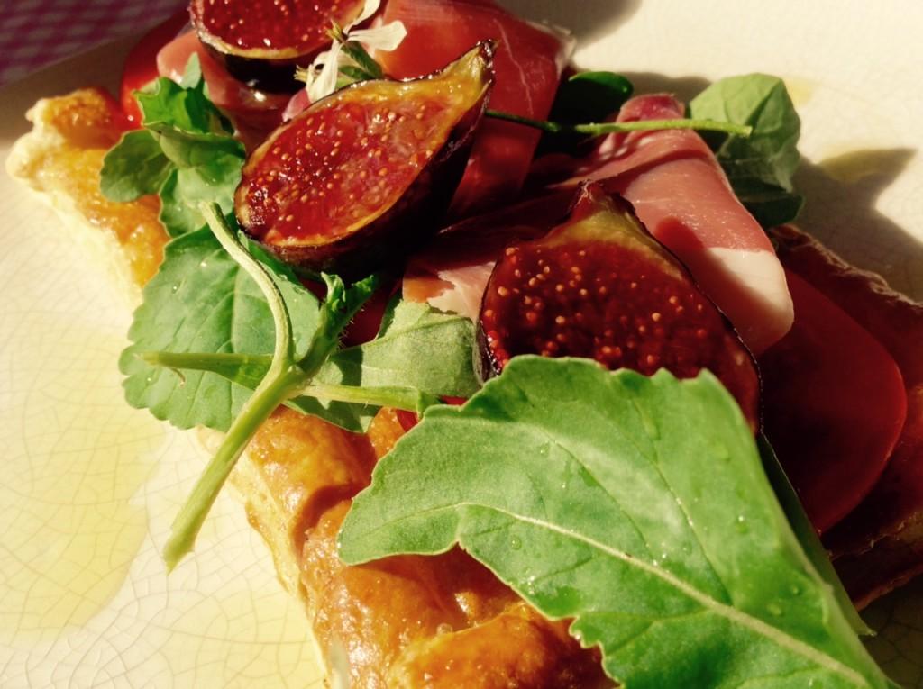 higos nueces tomate jamon gorgonzola jamon de teruel