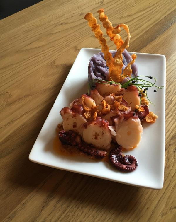 el bar pulpo patatas violeta