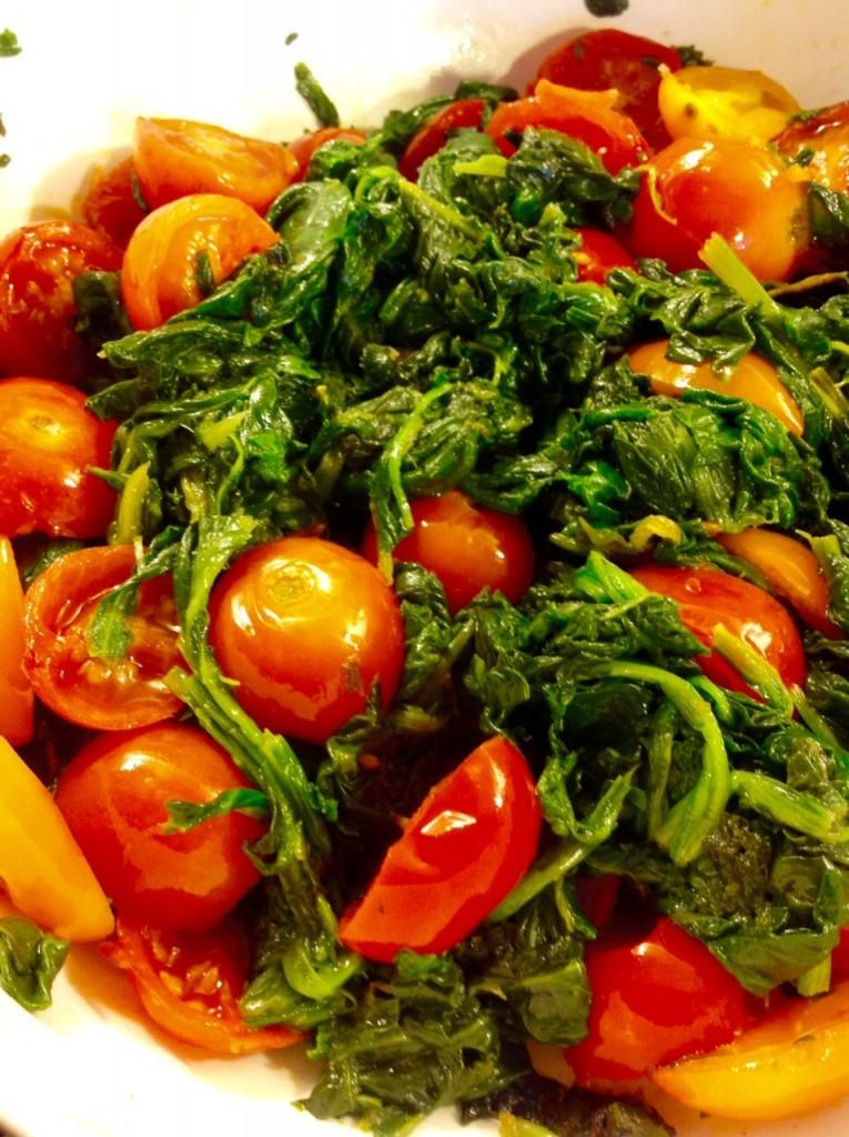 espinacas y cherry con feta