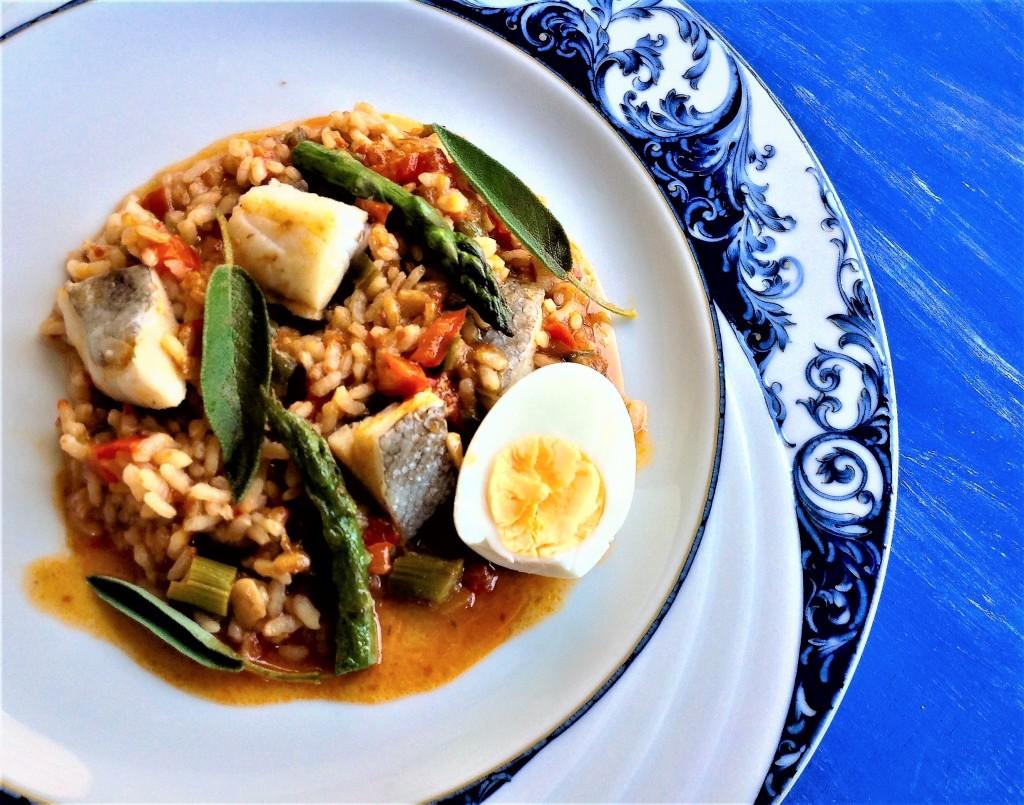arroz de bacala o trigueros y un toque de salvia