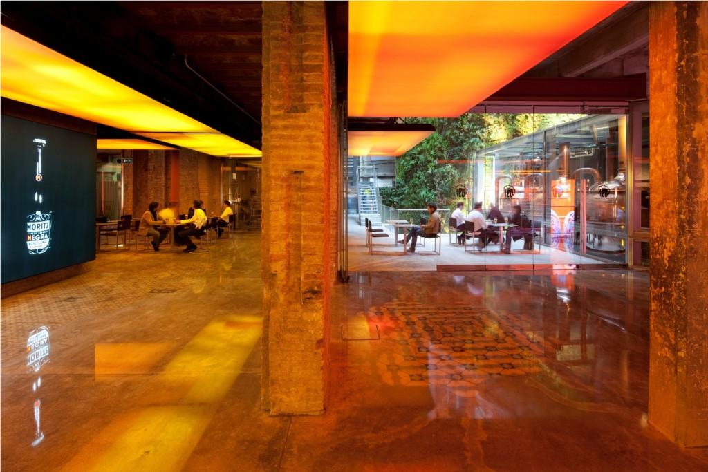 Interior Cerveseria_FàbricaMoritzBarcelona_Foto de Pierre Clémençon