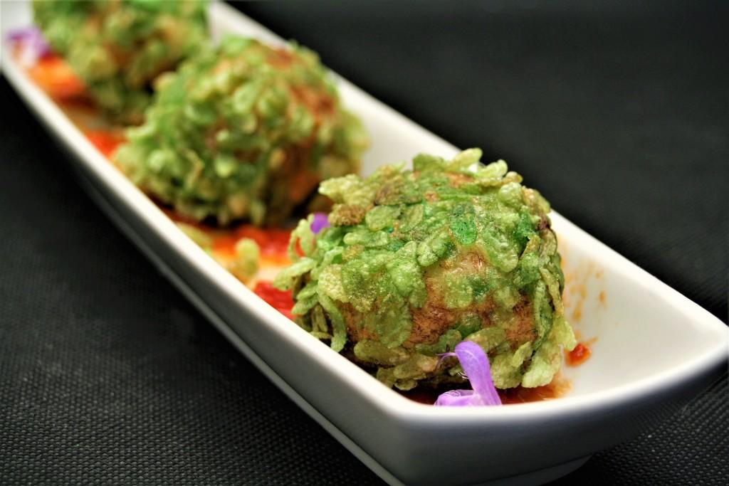 croquetas de bacalao con arroz verde vietnamita