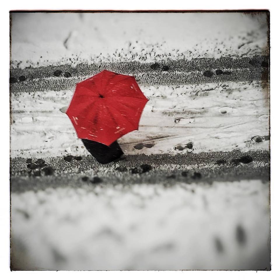 invierno paraguas y nieve Toñín
