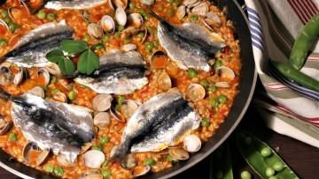arroz de sardinas guisantes chirlas