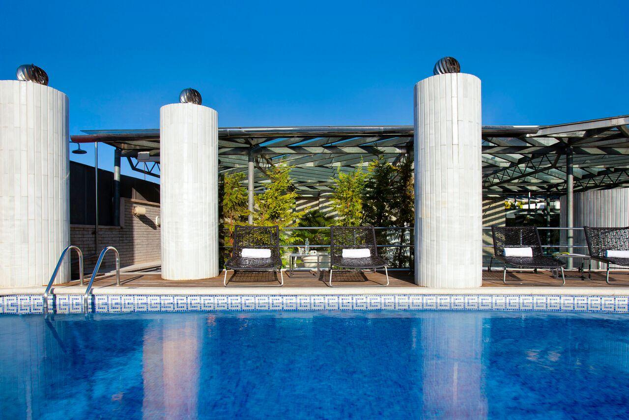 Un verano por todo lo alto en las terrazas de derby hotels for Derby hotels collection