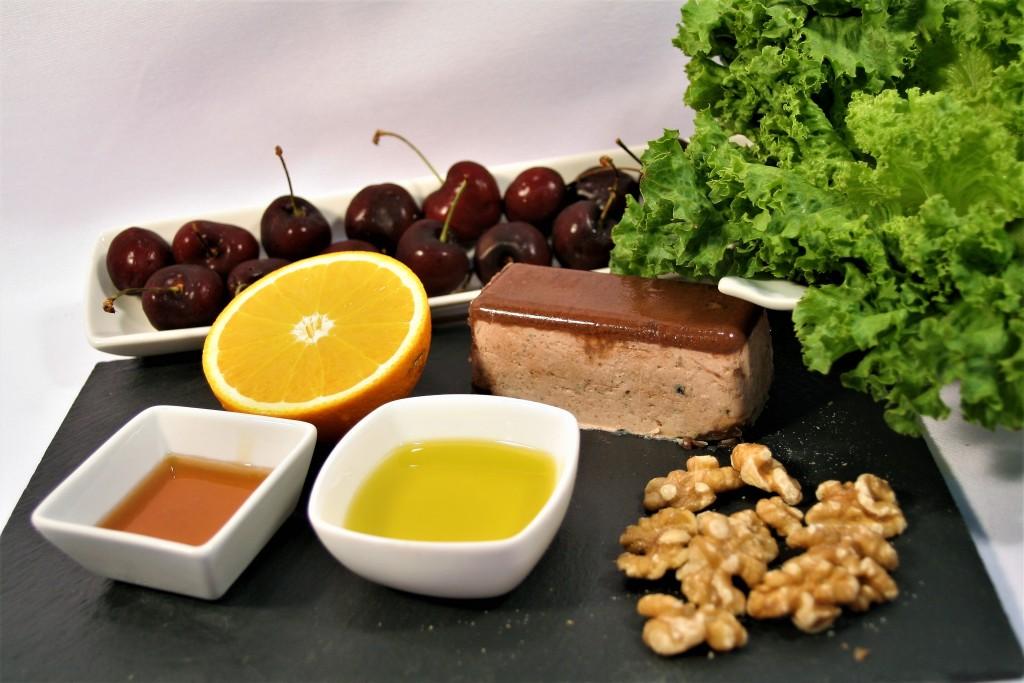 Ingredients amanida de paté amb cireres i nous