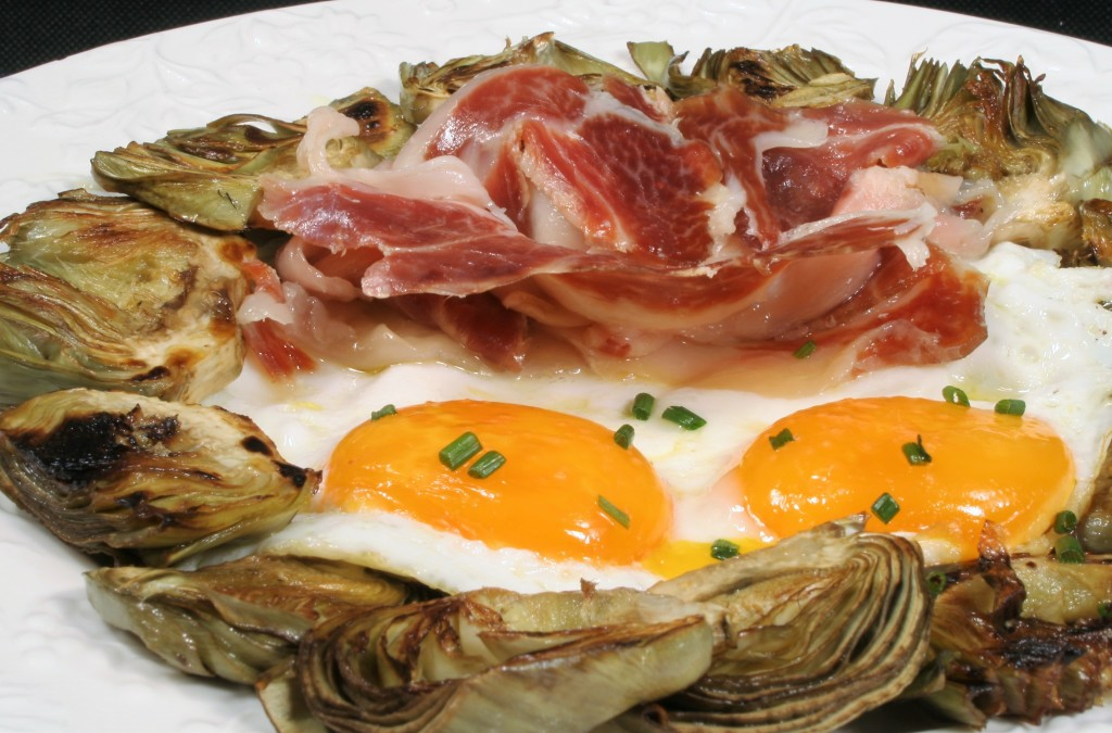 huevos, jamón y alcachofas en cenas fáciles