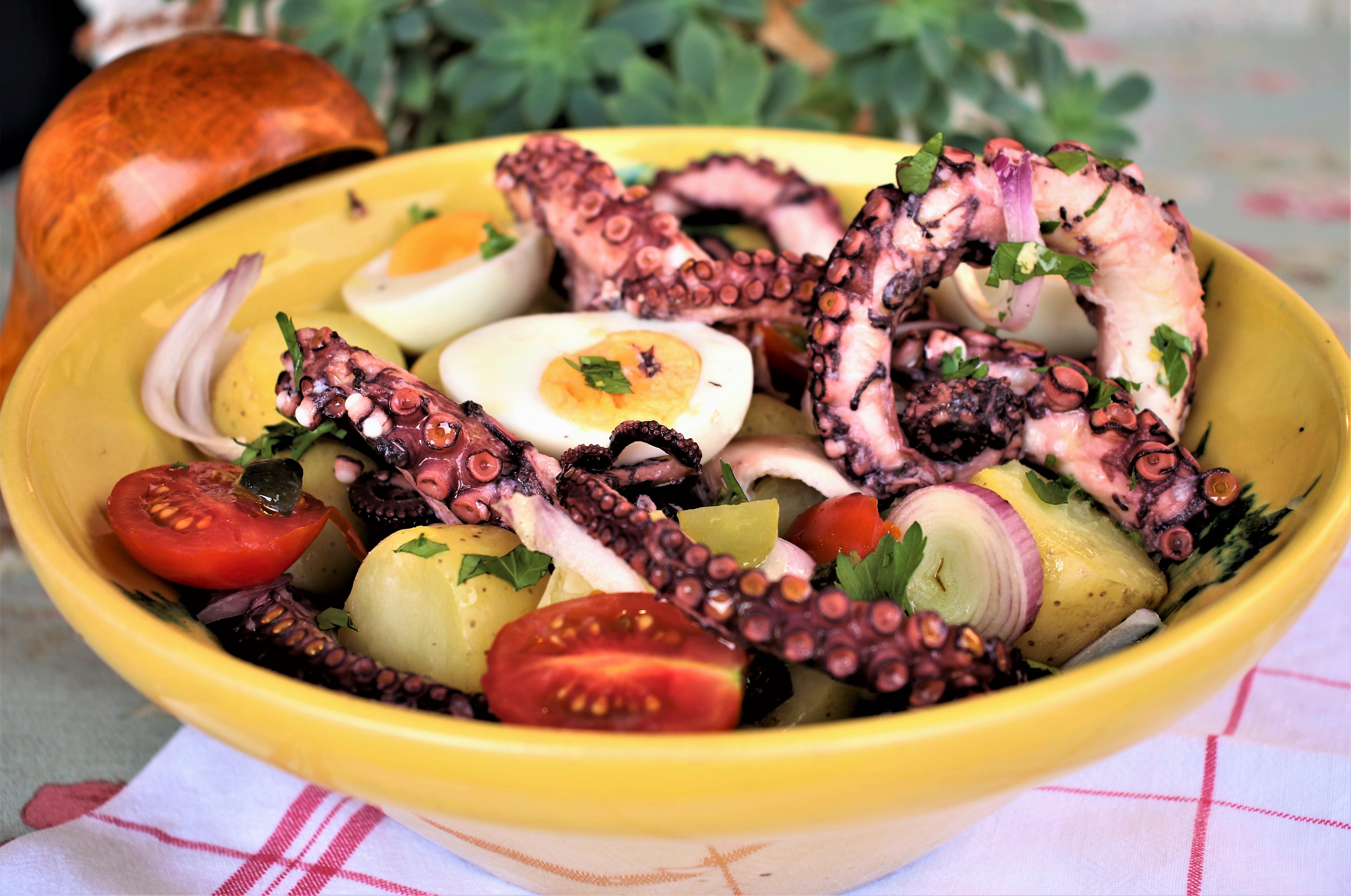 Ensalada de pulpo o la ensalada que triunfar en tu p cnic for Como se cocina el pulpo