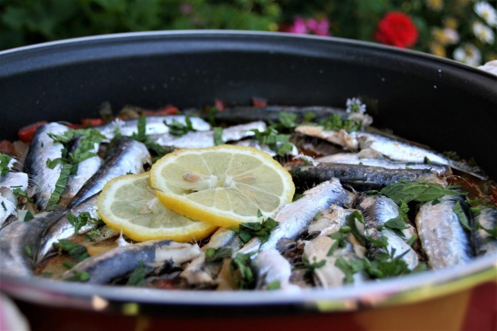 cazuela de sardinas limon y hierbabuena